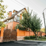 Как сдать дом в Киеве
